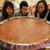 42 kilogramowe ciasteczko księżycowe kosztuje 4.680 yuanów