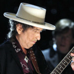 Bob-Dylan-performs-in-Jun-001