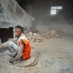 Chiny - Umysłowo chorzy i niepełnosprawni wykorzystywani do ciężkiej pracy fizycznej, chiny, leszek slazyk