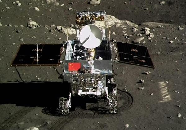 Photo of Yutu, albo Jadeitowy Królik wylądował i zaczął badania Księżyca