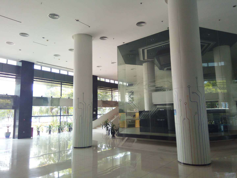 Lobby parku technologicznego WIOT w Foshan